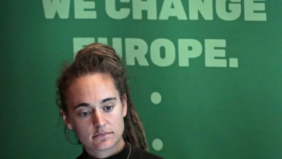 """Carola Rackete assolta dalla Cassazione: """"Non ci fu reato"""""""