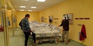 Coronavirus, Fedez mostra immagini reparto terapia intensiva
