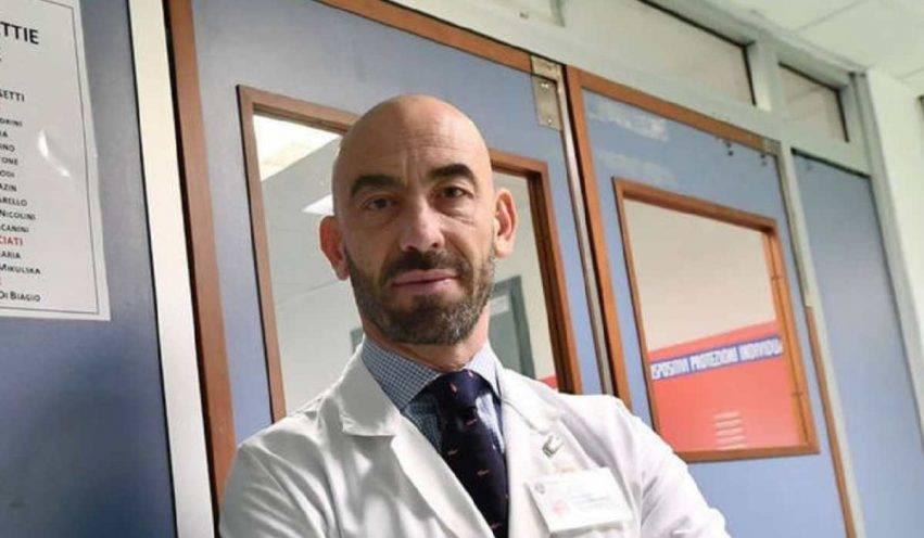 Coronavirus Matteo Bassetti, paziente guarito con farmaco sperimentale