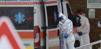 Coronavirus, bloccata in casa con il cadavere del marito