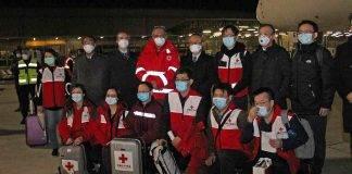 Coronavirus, medici cinesi e attrezzature in Italia