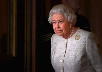 Regina Elisabetta coronavirus quarantena