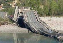 Crolla il Ponte di Albiano Magra