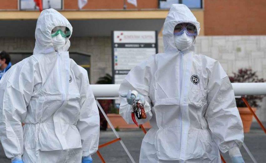 infettivologo parla del confronto tra ebola e covid-19