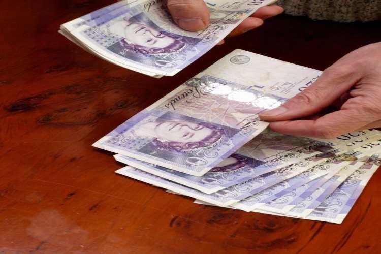 pensione 140.000 sterline
