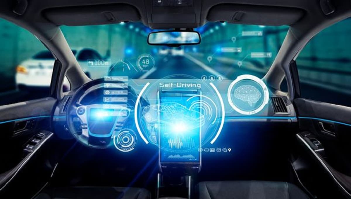 Auto a guida autonoma connesse con 5G