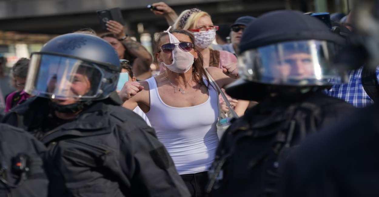 Germania: proteste contro le restrizioni per la pandemia da