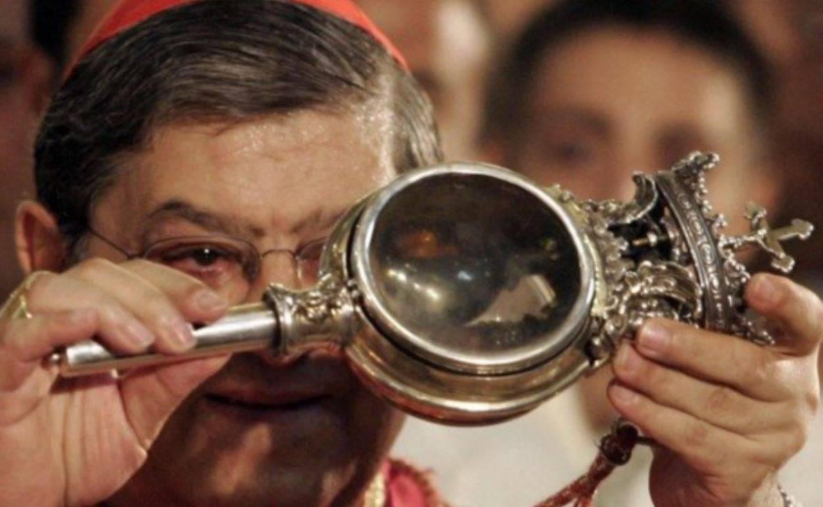 San Gennaro al tempo del Covid, il miracolo si ripete. L'annuncio della liquefazione alle 10.02, in diretta streaming