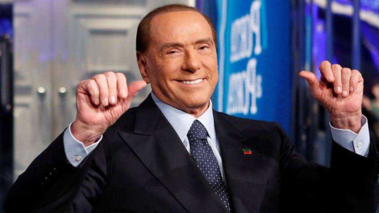 Conte chiama, Berlusconi risponde e spacca il centrodestra: