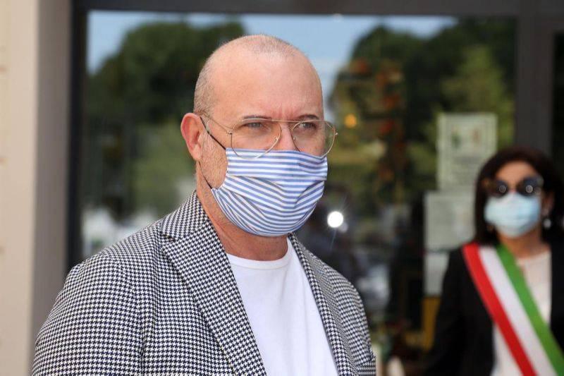 """Coronavirus, l'appello di Bonaccini: """"Qualche rischio va pre"""
