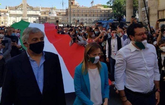2 giugno, centrodestra in piazza a Roma senza nessun rispett