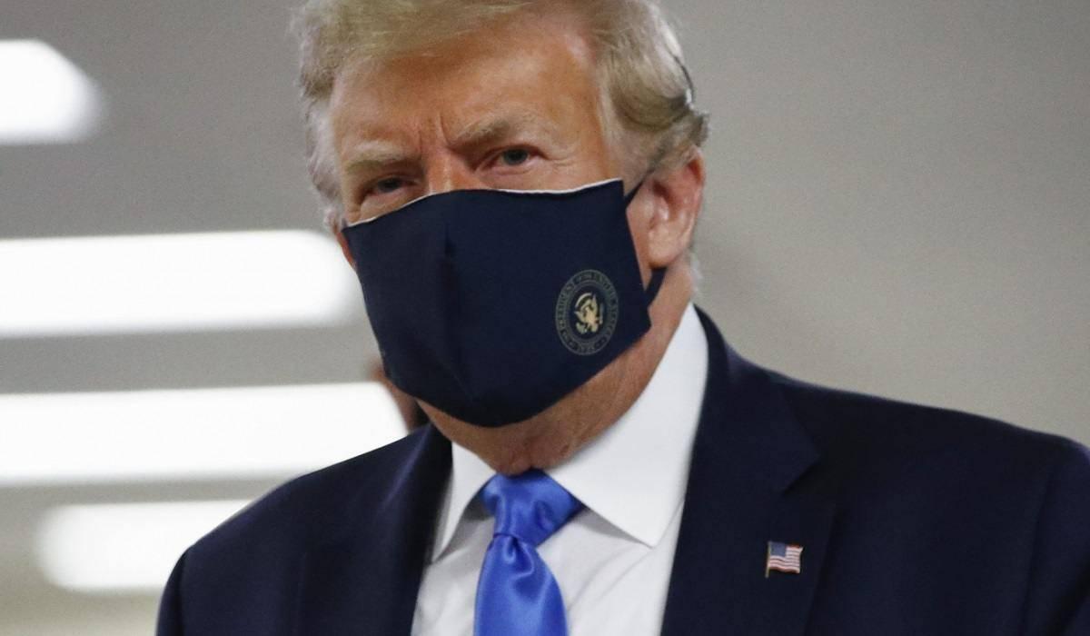 Donald Trump, mascherine
