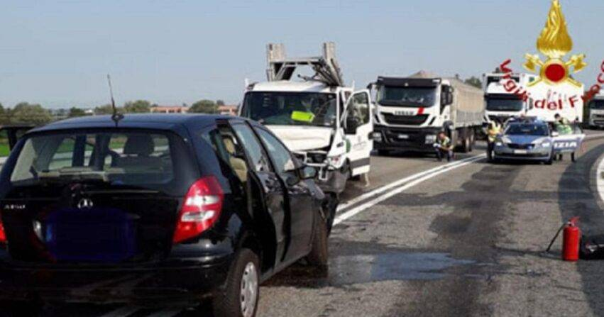 Incidente A26 Vercelli est