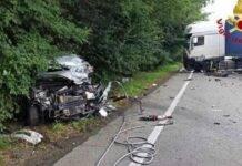 Incidente auto contro tir