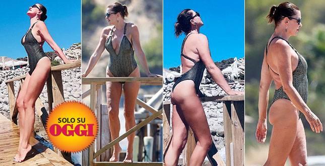 Alba Parietti ad Ibiza, le foto di Oggi