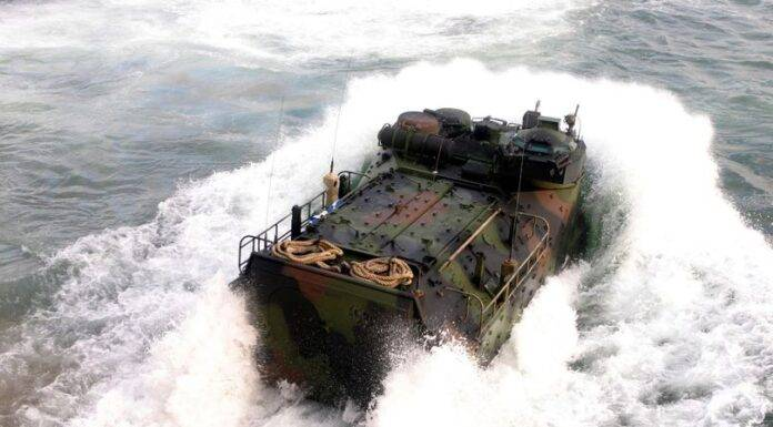 Us Marine durante una esercirazione