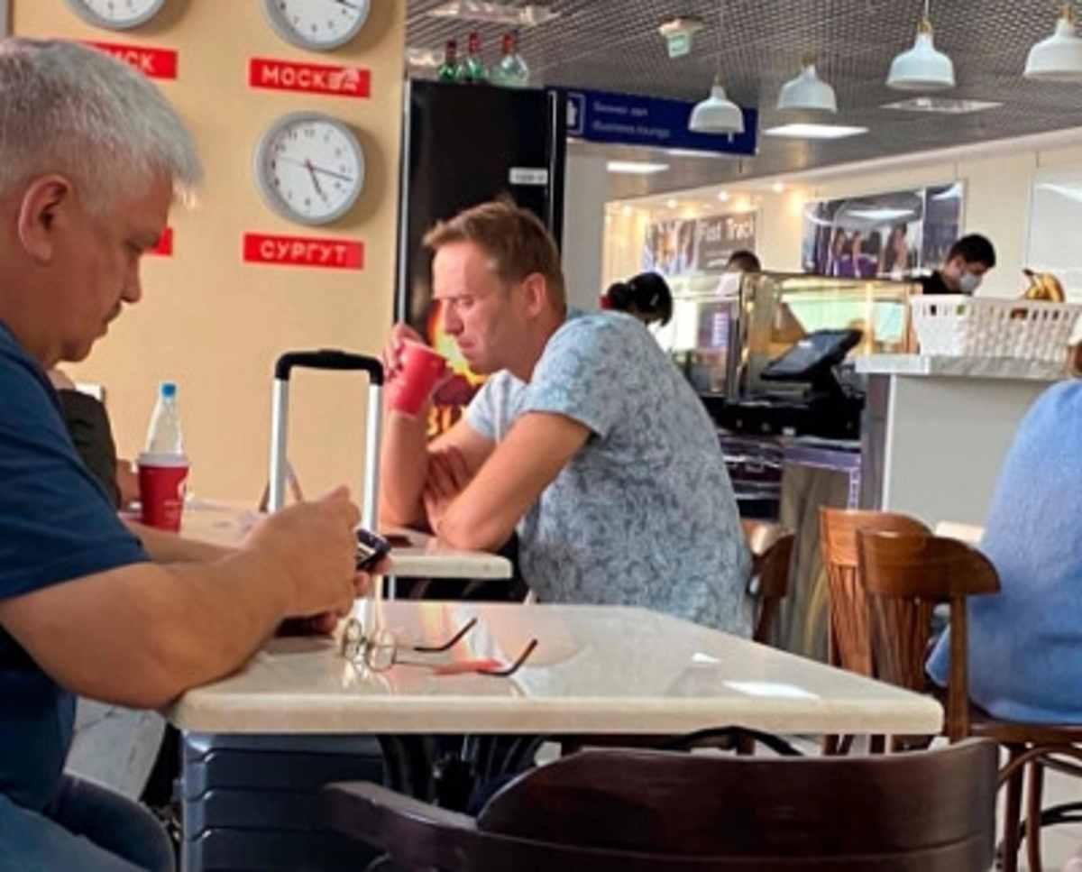 Navalny, c
