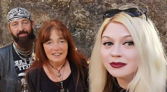 Madre e figlia Gost Whispers-min