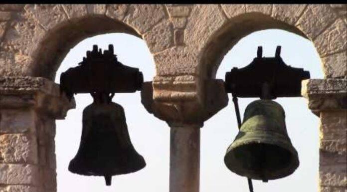 campane troppo rumorose, aggredisce il prete