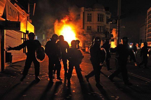 I disordini di Londra nel 2011