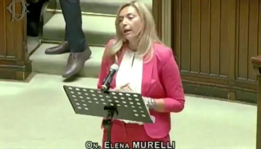 "Bonus 600 euro ""elemosina"": così parlava la deputata leghista beccata e Twitter si scatena – VIDEO"