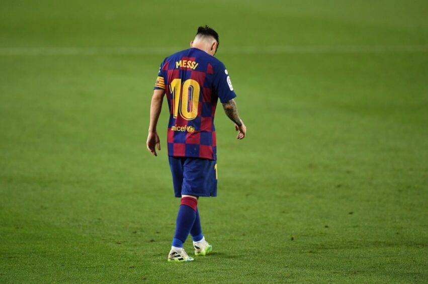 Messi a capo chino