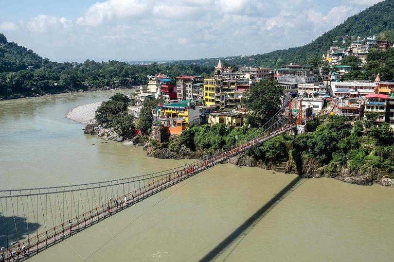 Il ponte sacro di Lakshman Jhula