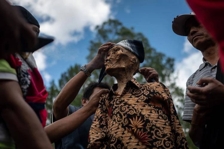 toraja tribù culto dei morti