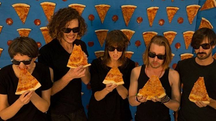 Macaulay Culkin the pizza underground
