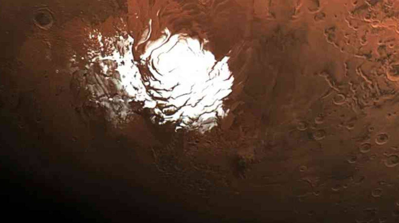 Scoperti altri laghi salati sotto la superficie di Marte: potrebbero ospitare la vita
