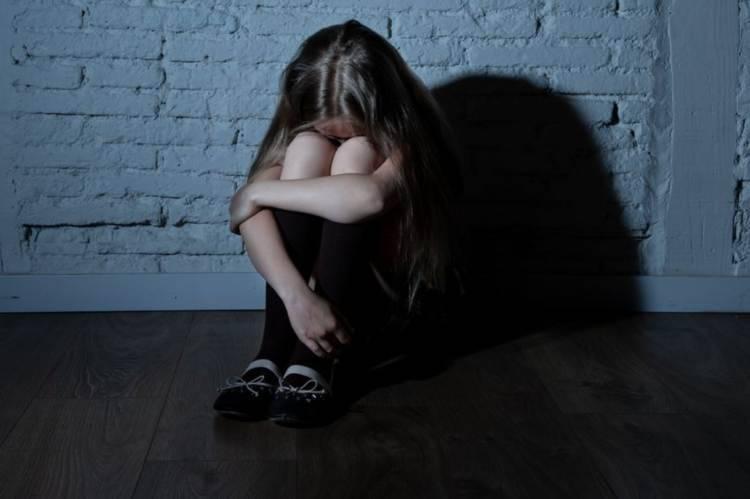 figlia abusata padre pedofilo
