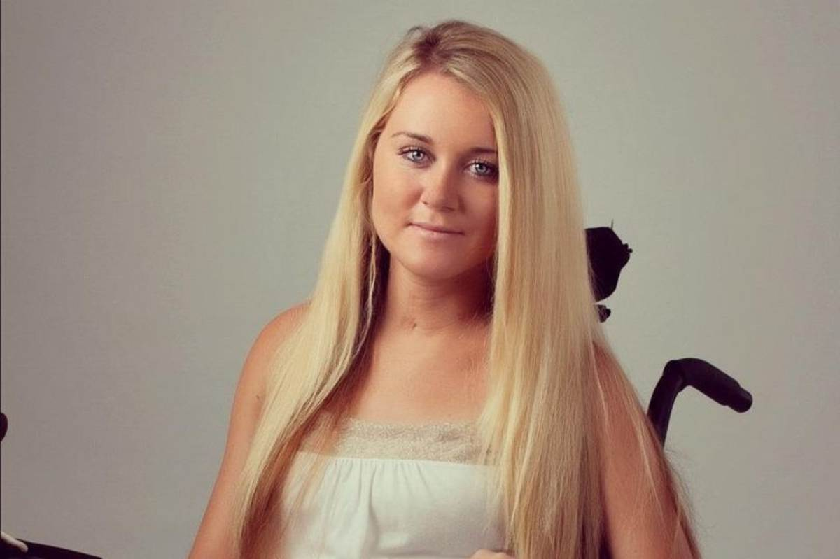 """Paralizzata a 18 anni dopo aver guidato ubriaca, l'appello di Melissa: """"Non fate come me"""""""