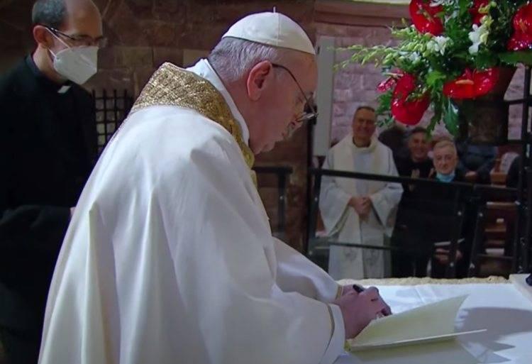 papa enciclica fratelli tutti