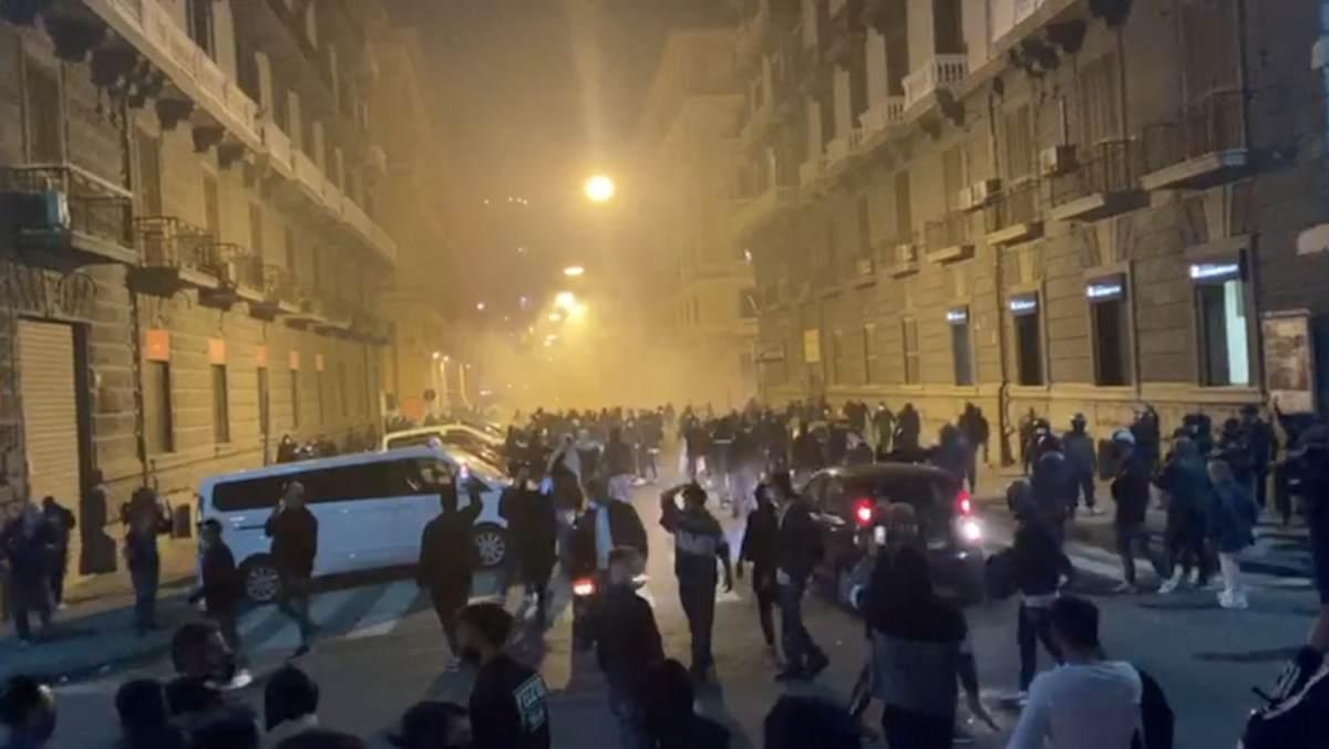 """Proteste Napoli, chi era in piazza? La maggior parte sono commercianti che """"vedono"""" il baratro"""