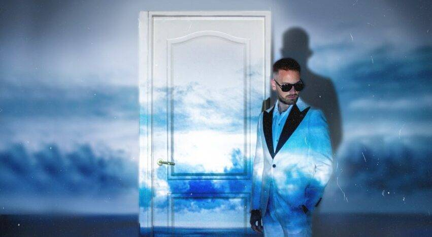 La copertina dell'album di Vale Lambo