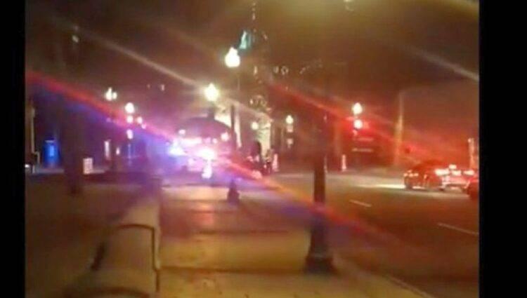 Quebec, accoltella e uccide due persone