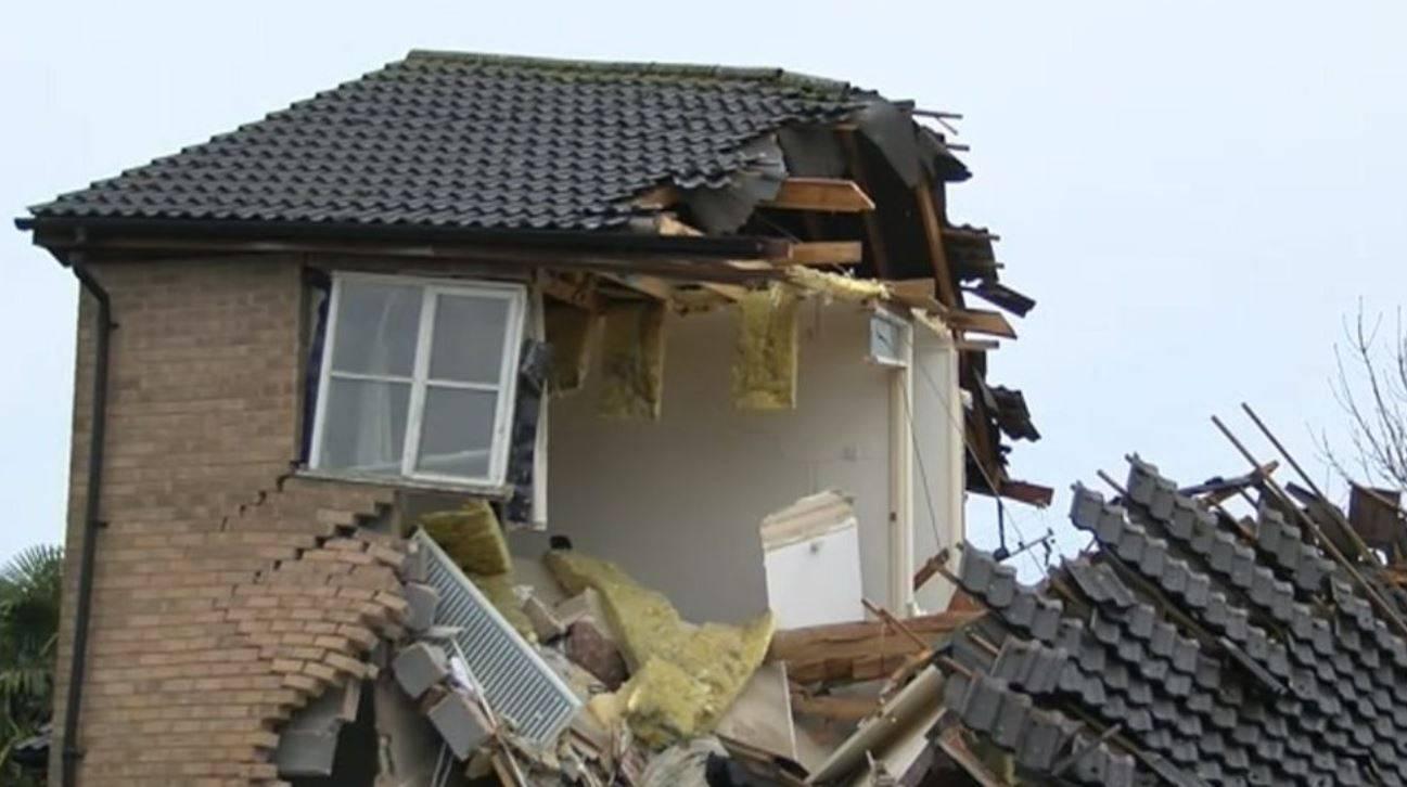 casa distrutta completamente