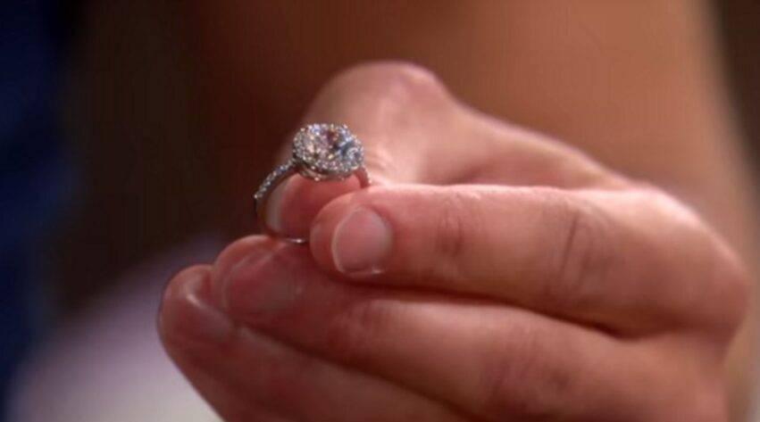 anello restituito al fidanzato