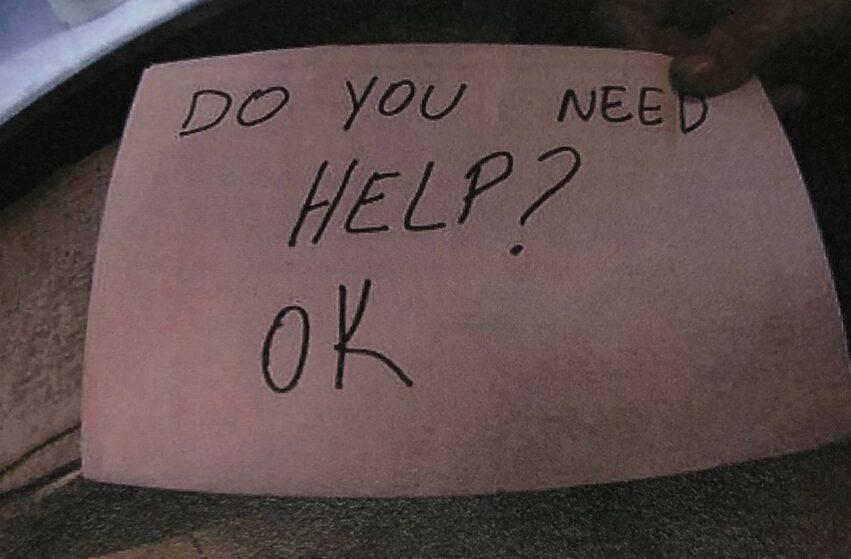 messaggio con richiesta di aiuto