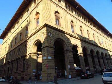 21enne muore in Via Porta Rossa Firenze