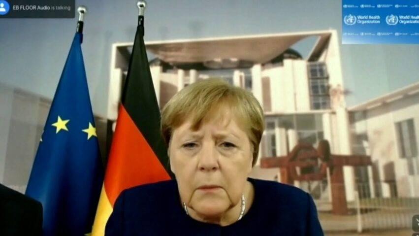 Niente lockdown lungo, la Merkel ci ripensa e chiede scusa
