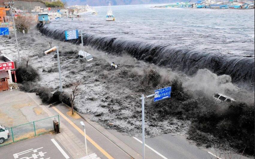 tsunami in giappone del 2011